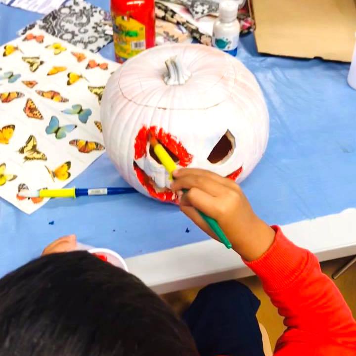 pintando calabazas de ha